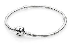 Silver bangle with clasp